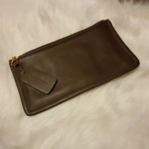 VTG Coach leather zip bag